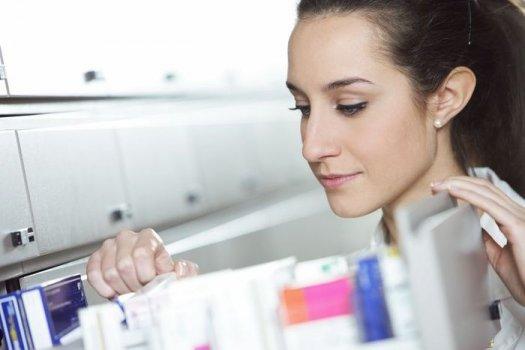 Молочница у женщин симптомы и лечение