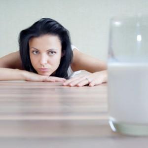 Молочница у женщин почему появляется