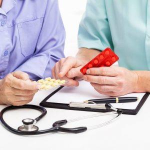 врачи и таблетки